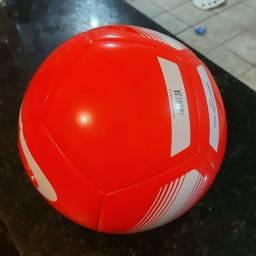 Bola de Futebol de campo Oficial Nike Pitch Team (Nova)