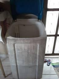 Título do anúncio: Vendo essa máquina lava roupa