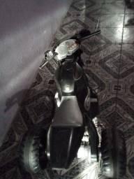 Vendo duas motos pegando normal