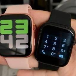 Smartwatch X7 troca foto de fundo, faz e recebe ligações