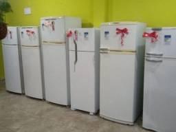 Temos as melhores geladeiras com garantia de 6 meses. Favor ler o anúncio.