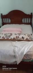 Vendo cama casal madeira maciça e colchão