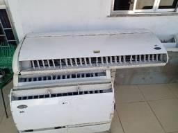 Título do anúncio: Vendo ar condicionado de 60 mil BTUs e 36.mil btus valor 3.500 e 2.500