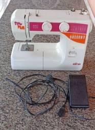 Título do anúncio: Máquina de costura doméstica