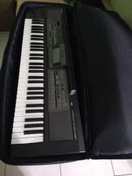 Teclado Roland E09,perfeito estado!
