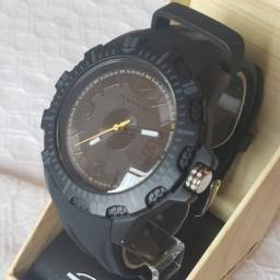 Relógio masculino Mormaii analógico preto