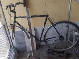 Título do anúncio: Vendo bicicleta caloi  10 quadro  conservada