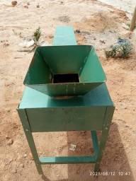 Título do anúncio: Triturador de solo Vimaq, P/ tijolos ecológicos
