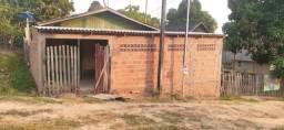 Vende-se casa no bairro montanhês
