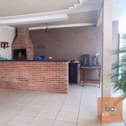 Título do anúncio: Casa com 3 dormitórios à venda, 180 m² por R$ 470.000,00 - Jardim Universitário - Araponga