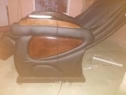 Poltrona de massagem de couro aceito cartão débito e crédito