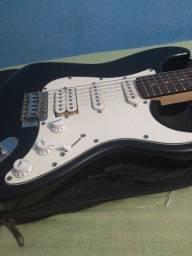 Título do anúncio: Guitarra stratocaster