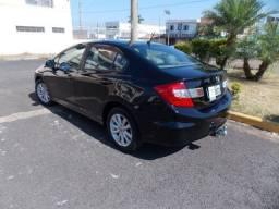 Honda Civic Lxr 2.0 automático flex   2014/2014 - novissímo