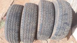4 pneus  236x75x15
