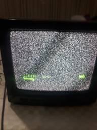 2 televisores de tubo