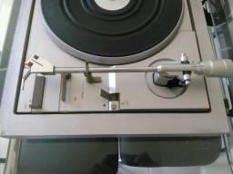 Toca discos Philips FP 212