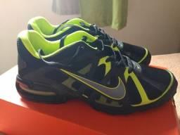 Vendo tênis Nike