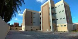 Apartamentos em condominio fechado na Pajucara documentação inclusa