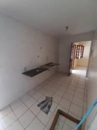 Casa em Condomínio na Rua do Aririzal