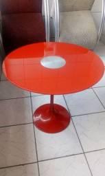 Mesa de Vidro Vermelha