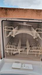 Lava louças para retirar peças