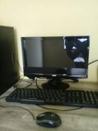 Computador completo.