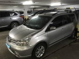 Nissan Livina 2014 automático - único dono