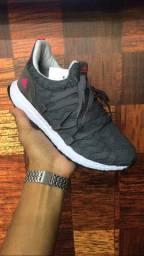 Tênis Adidas Tokyo - $150,00