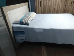 Vendo cama de casal + cabeceira e colchão, usado comprar usado  Sao Jose dos Pinhais