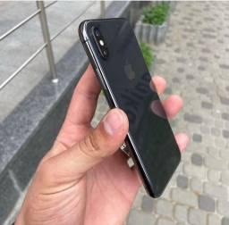 IPhone SemiNovo, em perfeito estado e com garantia.