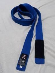 Faixa a azul de Jiu Jitsu