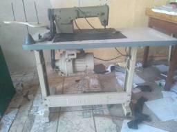 Máquina costura tapecaria