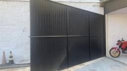 Portão de ferro Tubulado e pintado com chapa de aluzinco 4.90 X 2.60 m