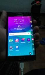 Samsung Galaxy Note Edge com detalhes troco por outro