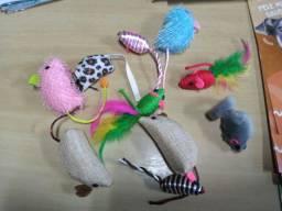 Ratinhos de brinquedo para gatos