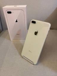 IPhone 8 Plus 64Gb silver / semi novo
