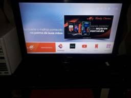 "Tv CCE  32""+ Tv Box"