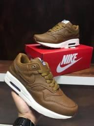 Tênis Nike Air Max One - $180,00
