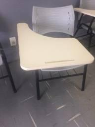 Cadeira Universitária ergoplax - R$ 60,00 cada