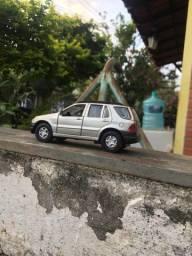 Carrinho de ferro Mercedes Ml