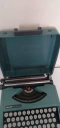 Maquina datilografia antiga