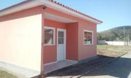 Casa de 2 quartos em uma vila em Parada Modelo - Guapimirim