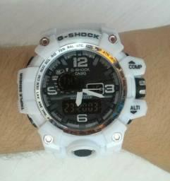 G-Shock Mudmaster Branco Detalhes Prata