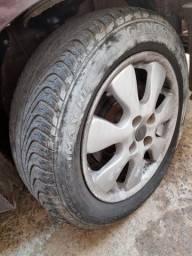 4 Rodas 15 com pneus 99%