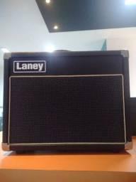 Amplificador de guitarra valvulado Laney vc15 com footswith zap *
