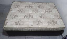 Cama box baú casal em corino marrom (138x188x37cm) + colchão.