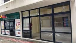Sala comercial térrea na rua Felipe Schmidt