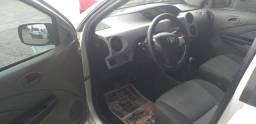 Vende-se Toyota Etios abaixo da Fipe