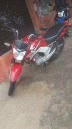 Moto 150 titan