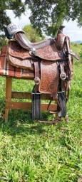 Título do anúncio: sela paras cavalos quarto de milha oferta